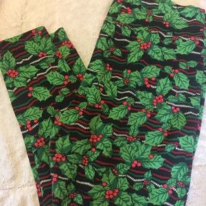 Lularoe Christmas leggings TC2